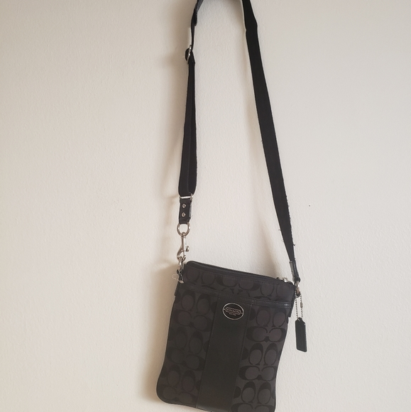 Coach Handbags - Coach Crossbody Black Crossbody Purse